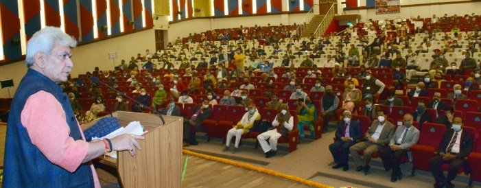 """Lt Governor inaugurates 2-day long Innovative Farmers Conference on """"Farmer Led Innovations for Enhancing Farm Income"""" at SKUAST Jammu"""