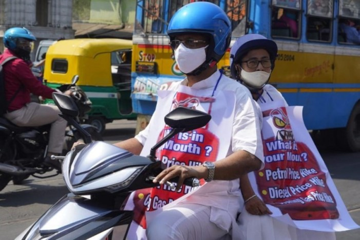 To Protest Petrol Price Hike, Mamata Banerjee Takes Electric Scooter To Office