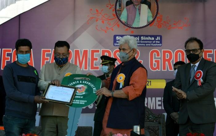 Lt Governor visits Baramulla; inaugurates Mega Farmers and Growers Mela, Massive High Density Plantation Drive