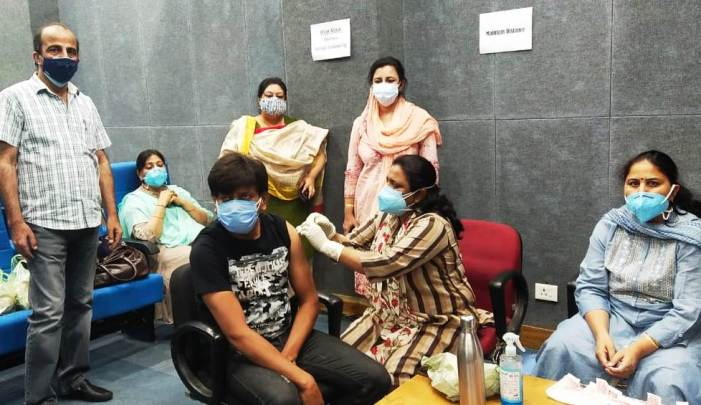 Over 200 media persons vaccinated on 2nd day of special vaccination drive