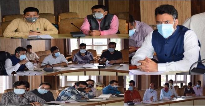 DC Kulgam reviews implementation of 'UMEED' scheme