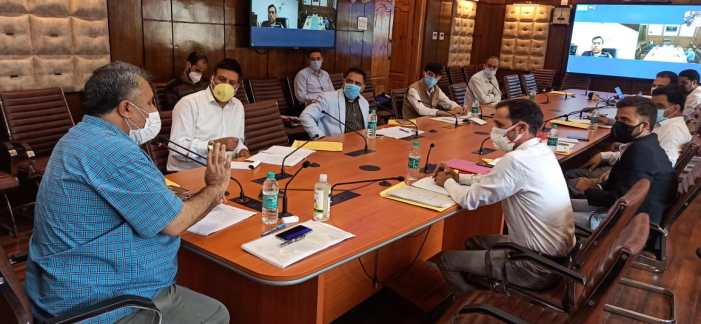 Revive dying crafts; link students to industries: Dr Samoon to CDI