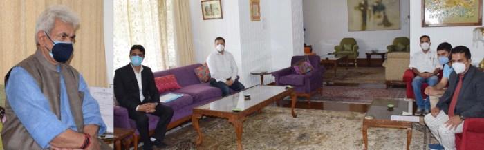 Doctors Association Kashmir calls on Lt Governor