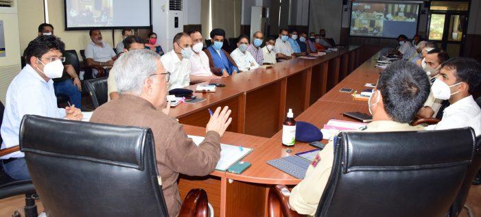 Advisor Farooqreviewsarrangements for Muharram in Jammu