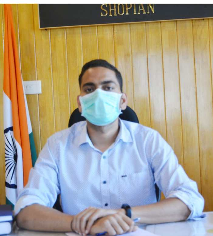 Vaccination- an ultimate solution to remain safe from Covid-19: DC Shopian