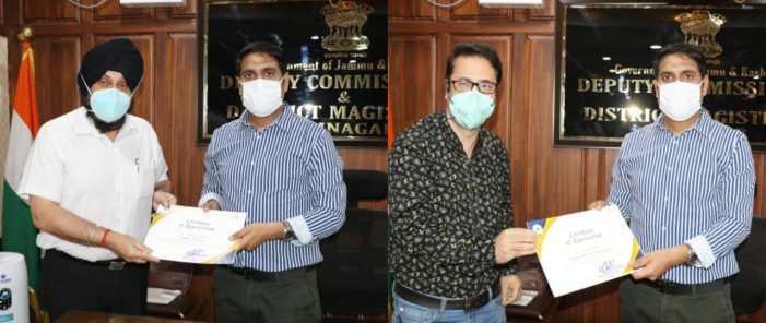 DC Srinagar hands over Appreciation Certificates