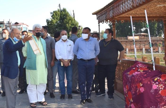 Lt Governor visits Zero Bridge