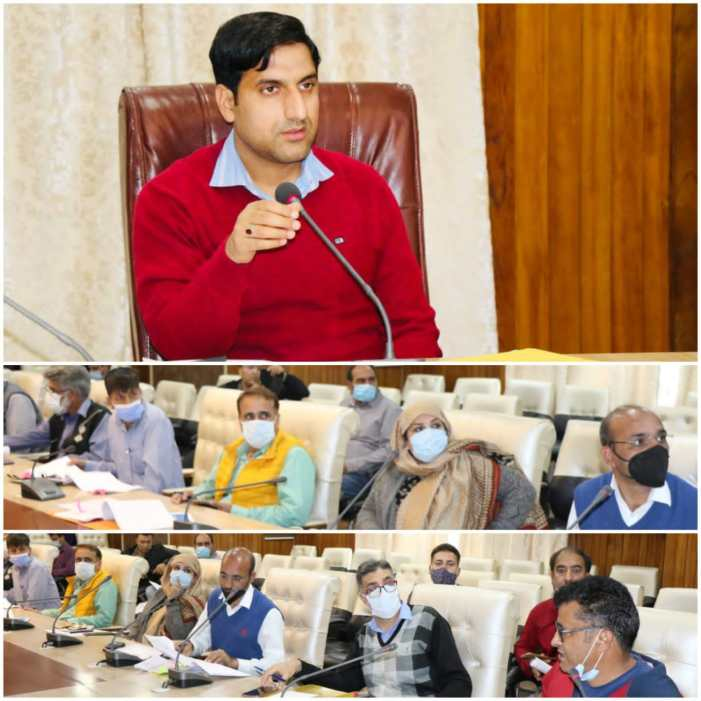 DC Srinagar reviews progress of works under District Capex Budget 2021-22