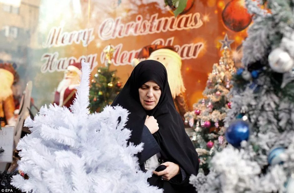 muslims face the sometimes difficult and frustrating time of the holidays whether its navigating office secret santa and christmas celebrations
