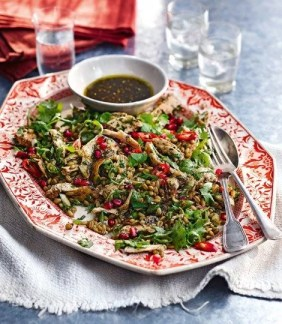 9 palestinian food recipes you absolutely have to try chicken and freekeh salad forumfinder Image collections