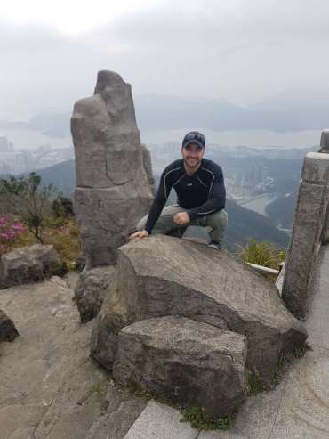 Edu atop Shenzhen's highest peak, Wutong Mountain