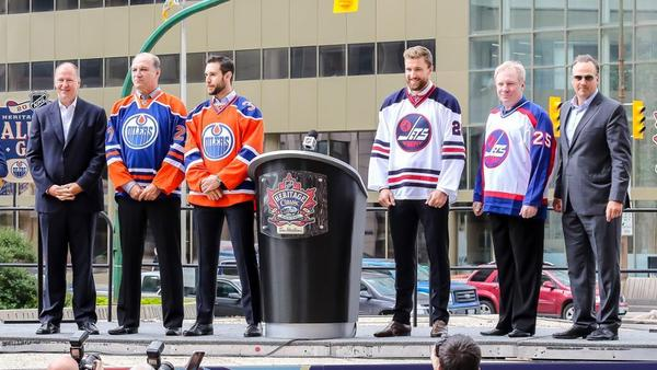 the best attitude af893 32040 Oilers unveil Heritage Classic alumni rosters, jerseys ...