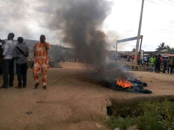 Four 'killed', others injured as Customs officers go on rampage