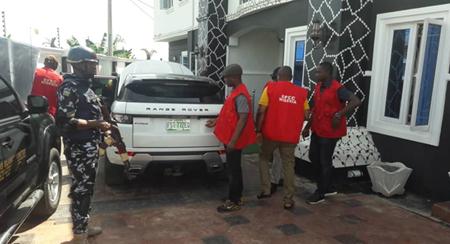 EFCC arrests four suspected internet fraudsters