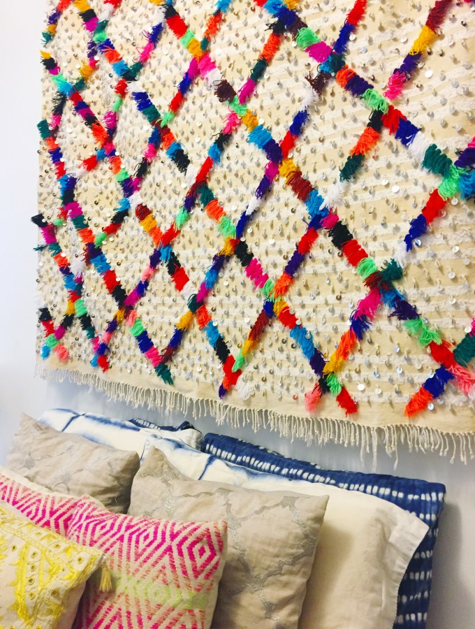 3 Ways to Style a Moroccan Wedding Blanket