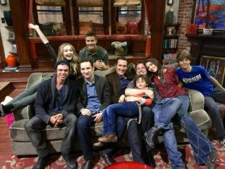 The cast of Boy Meets World and Girl Meets World merge!
