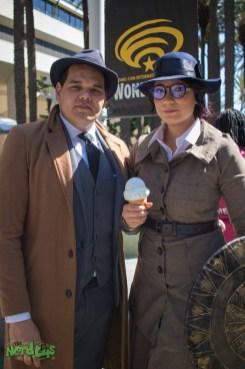 Steve Trevor and Wonder Woman enjoying Ice Cream
