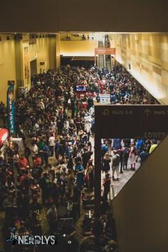 Crowds ready to enter Phoenix Fan Fusion