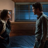 NOC Interview: 'Roswell, New Mexico' Showrunner Chris Hollier Previews the New Season