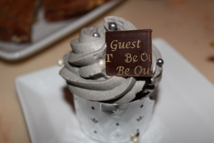 The cupcake with the grey stuff