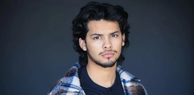 Is Xolo Mariduena gay? All about the actor and his relationship with Hannah