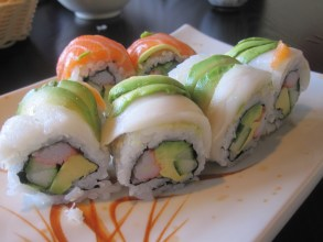 rainbow-roll-sushi-plus