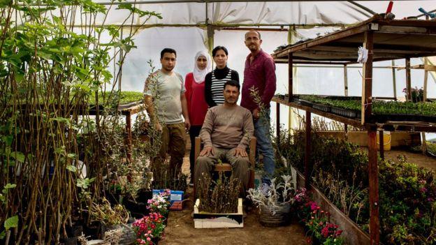 refugee-garden