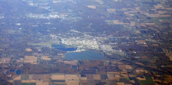 Midland_Michigan_with_Dow_Chemical_plant_and_headquarters_optimized