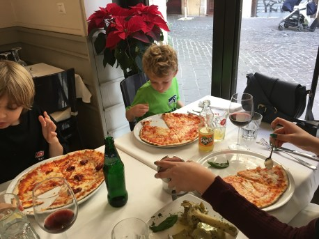 Christmas Day lunch... pizza! What else?