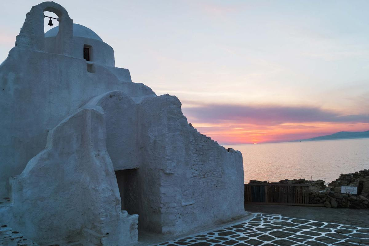 Paraportiani kerk Mykonos sunset