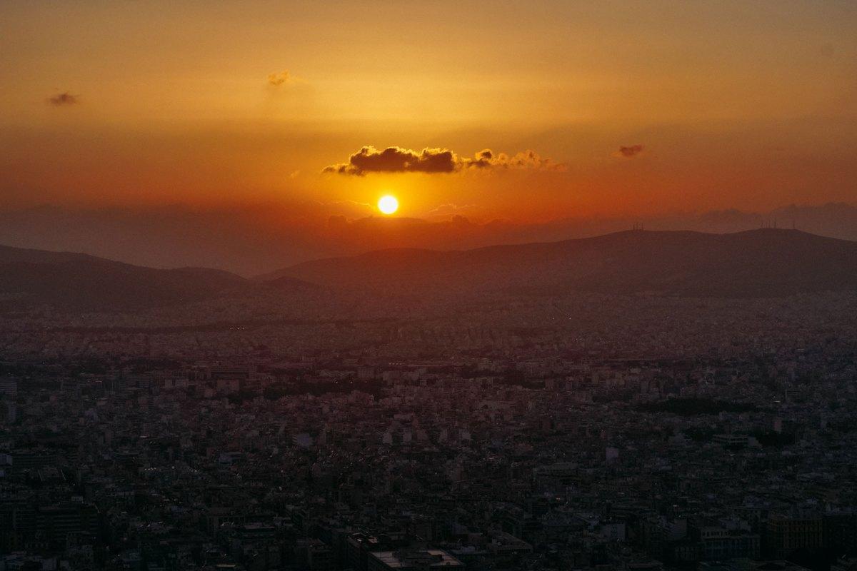 De heuvel Lykavittós in Athene