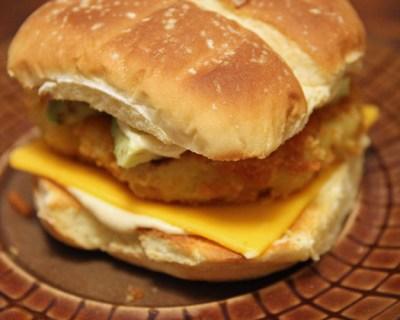 Cauliflower Burgers with Hummus-Mayo