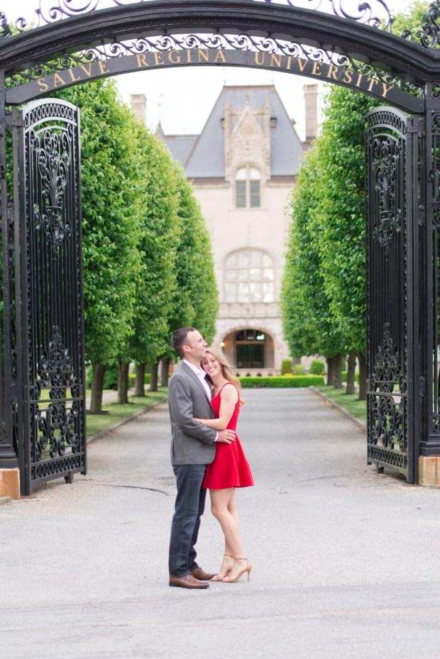 Morgan and Ben's Newport Engagement Session - SO CUTE! | The Newport Bride