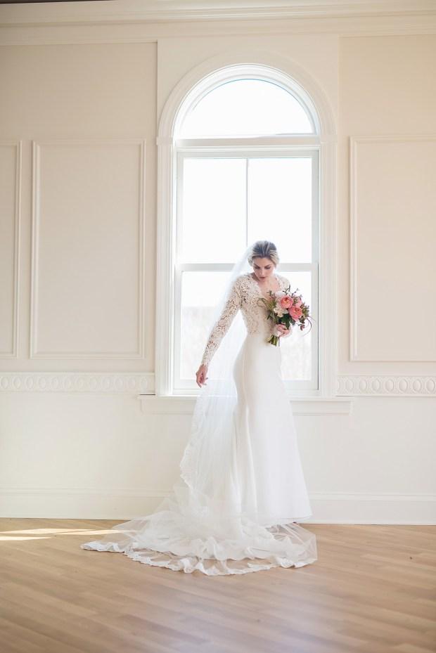 Stylized Bridal Portrait_Ludwig Photography_LudwigPhotography140_big