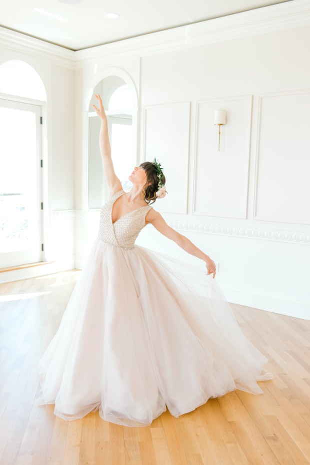 Blush Romantic Ballerina Bridal_Alicia Ann Photographie_blushballerinabridalnewportweddingphotography188_big