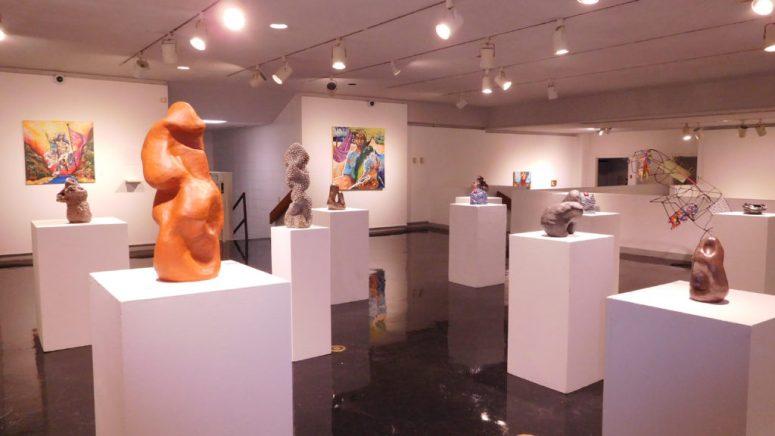 Senior art students show off final exhibit - TheNews.org