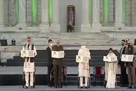 জয় শ্রীরাম ধ্বনিতে ক্ষুব্ধ মমতা