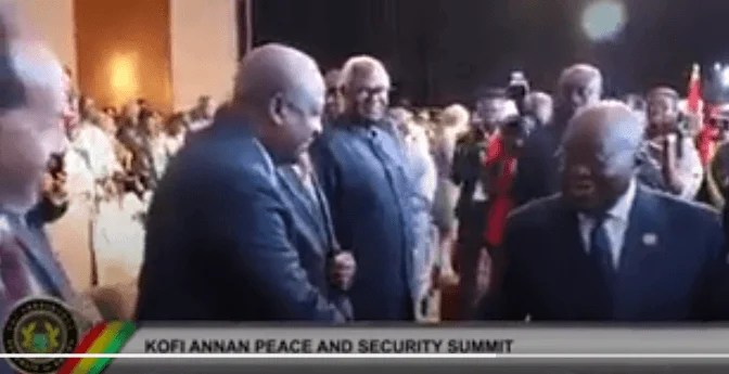 A president ought not to be this petty – NDC bashes Akufo-Addo over 'handshake snub'. President Nana Addo Dankwa Akufo-Addo appears to be already attracting some 'heat' following a video that captured him seemingly