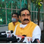गृहमंत्री ने मुंबई आतंकी हमले में शहीदों को किया याद, संविधान दिवस को लेकर कांग्रेस पर साधा निशाना