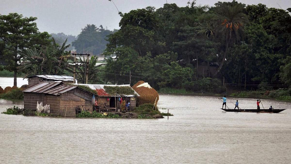 PM Announces 2350 Crore Rs Relief Package For North-East Floods