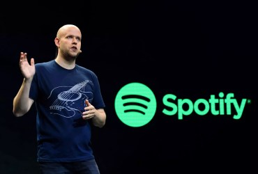 Spotify founder joins with Arsenal legends in bid to buy club