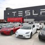Tesla recalls vehicles over cruise control concerns