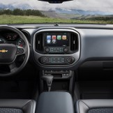 Chevrolet Colorado Interior Infotainment 2
