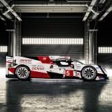 Toyota TS050 Hybrid WEC Race Car (3)