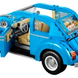 Blue VW Beetle Lego car set 10252 doors