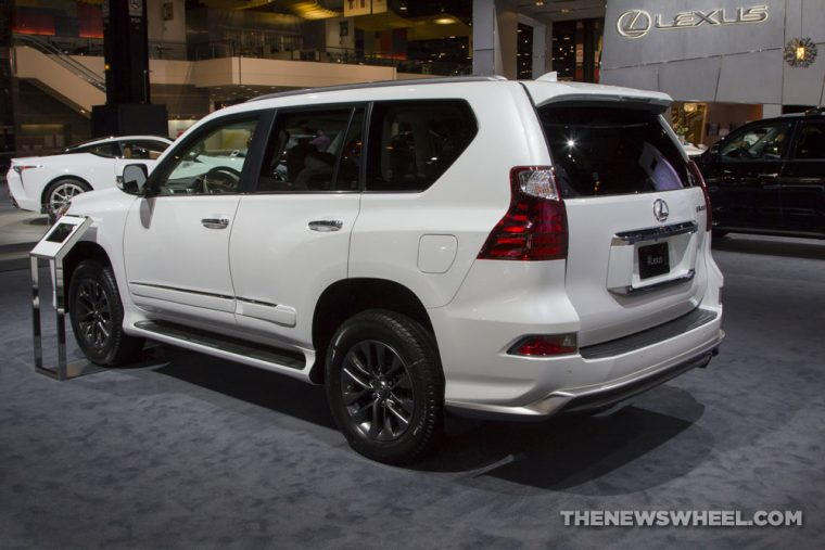 2017 Chicago Auto Show Photo Gallery See The Cars Lexus