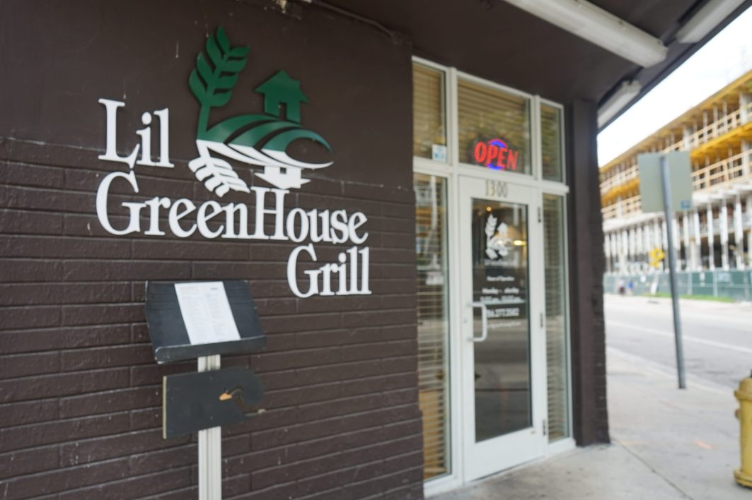The exterior of Lil GreenHouse Grill (Credit: Roshan Nebhrajani/The New Tropic)