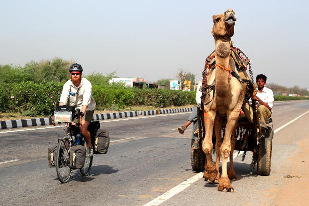 Cycling in India - Bike vs Camel