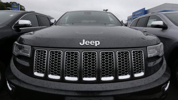 la-fi-hy-chrysler-recalls-jeep-durango-2014101-001
