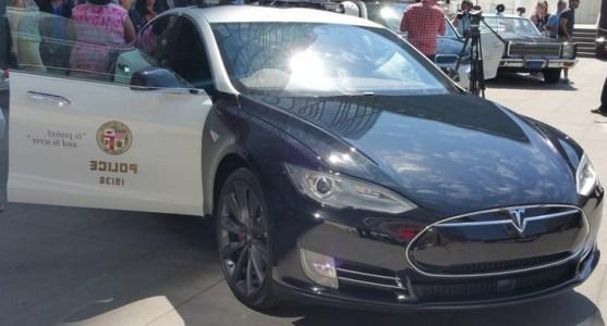 lapd-tesla-electric-car
